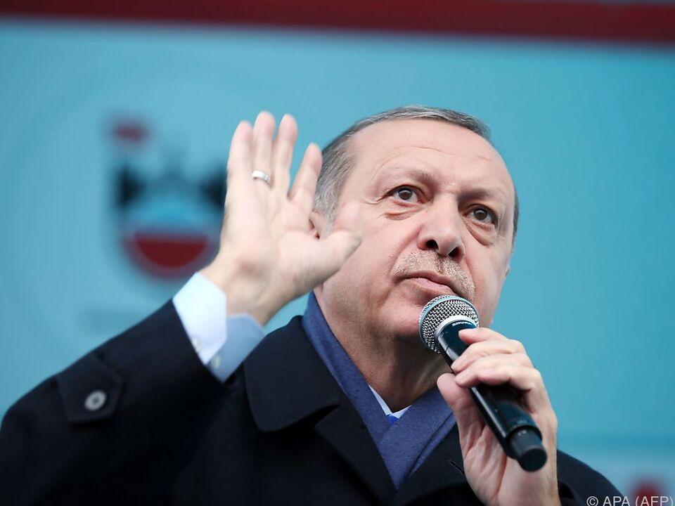 Erdogan wettert wieder gegen die EU