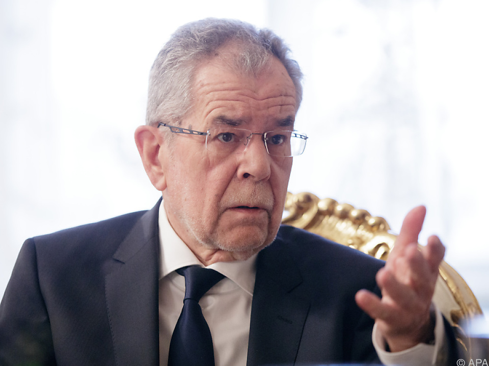 FPÖ und Team Stronach kritisierten den Bundespräsidenten scharf
