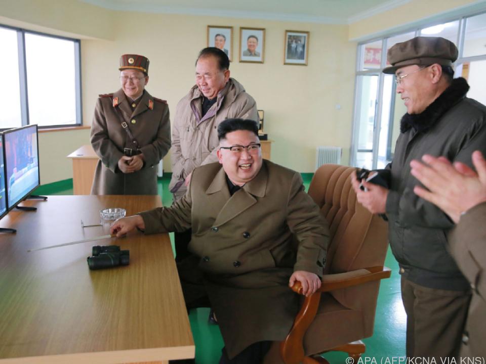 Kim Jong-un begeistert von seinen Raketentests