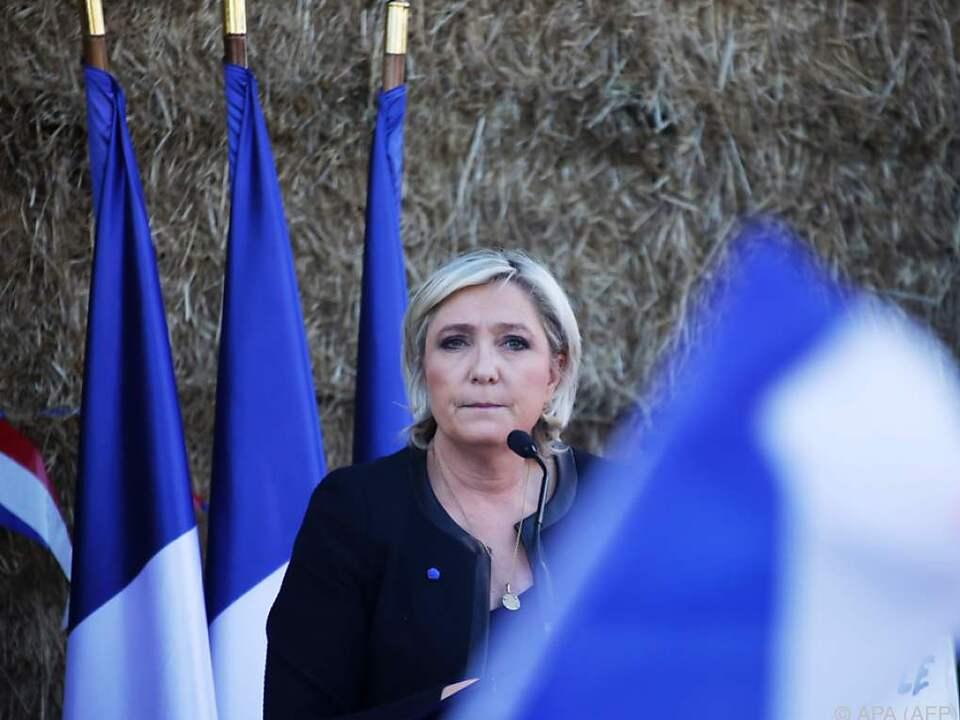 Le Pen unter Druck