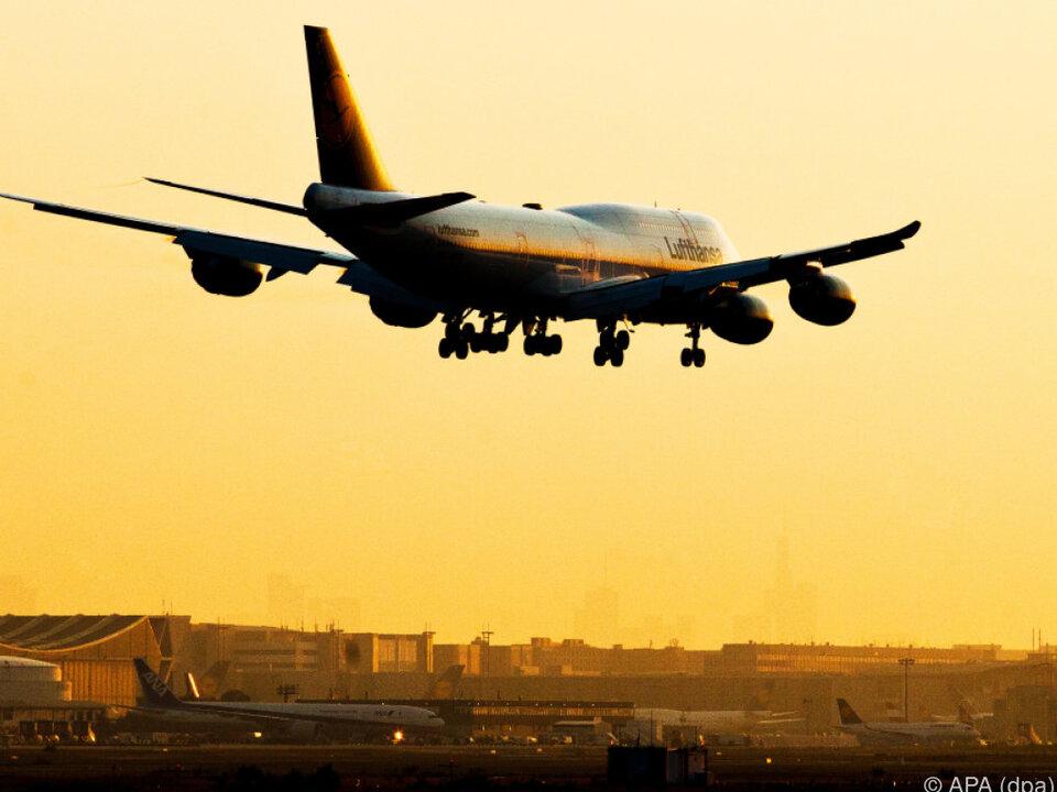 Leichter Rückgang bei den Auslandsdestinationen flugzeug urlaub