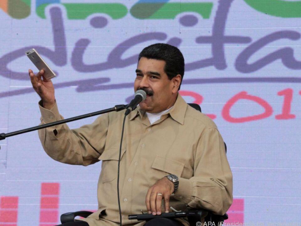 Maduro wies den Vorwurf des Verfassungsbruchs zurück