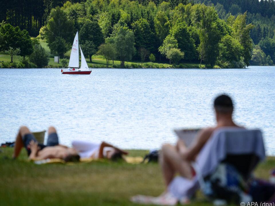 Naherholungsgebiete spielen eine große Rolle see urlaub freizeit erholung segeln ruhe