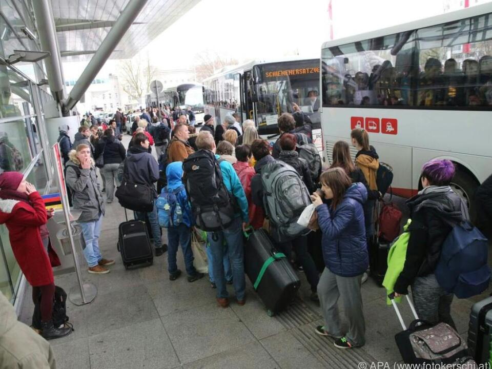 ÖBB organisierte Schienenersatzverkehr