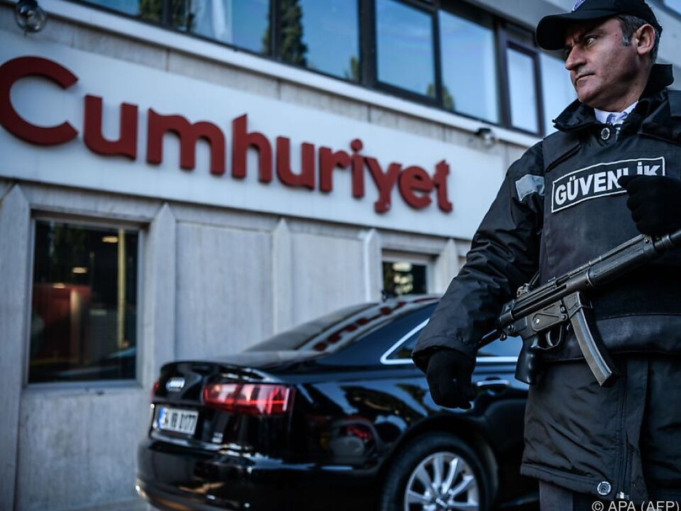 Staatsanwaltschaft glaubt, Gülen hat hier seine Finger im Spiel