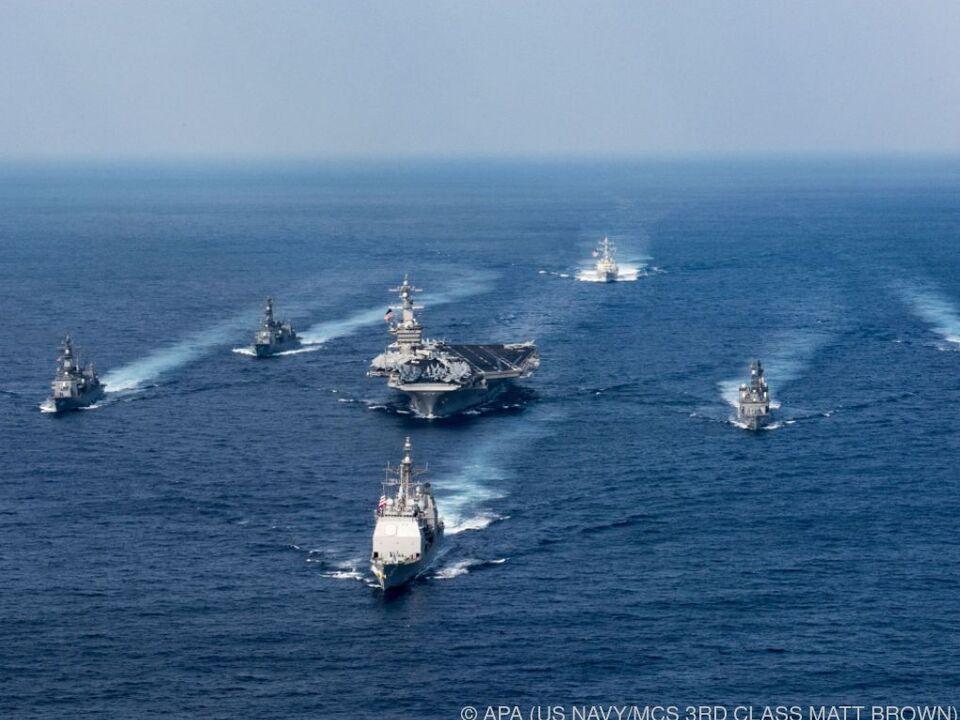 USA schickten Flugzeugträger los