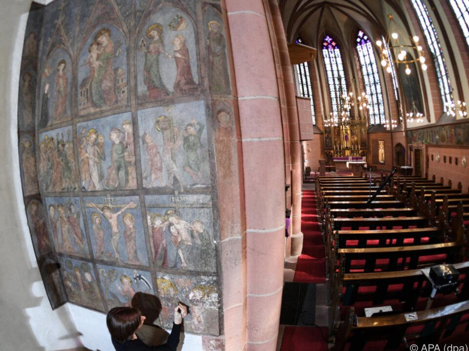 Wandmalereien in der Deutschordenskirche restauriert