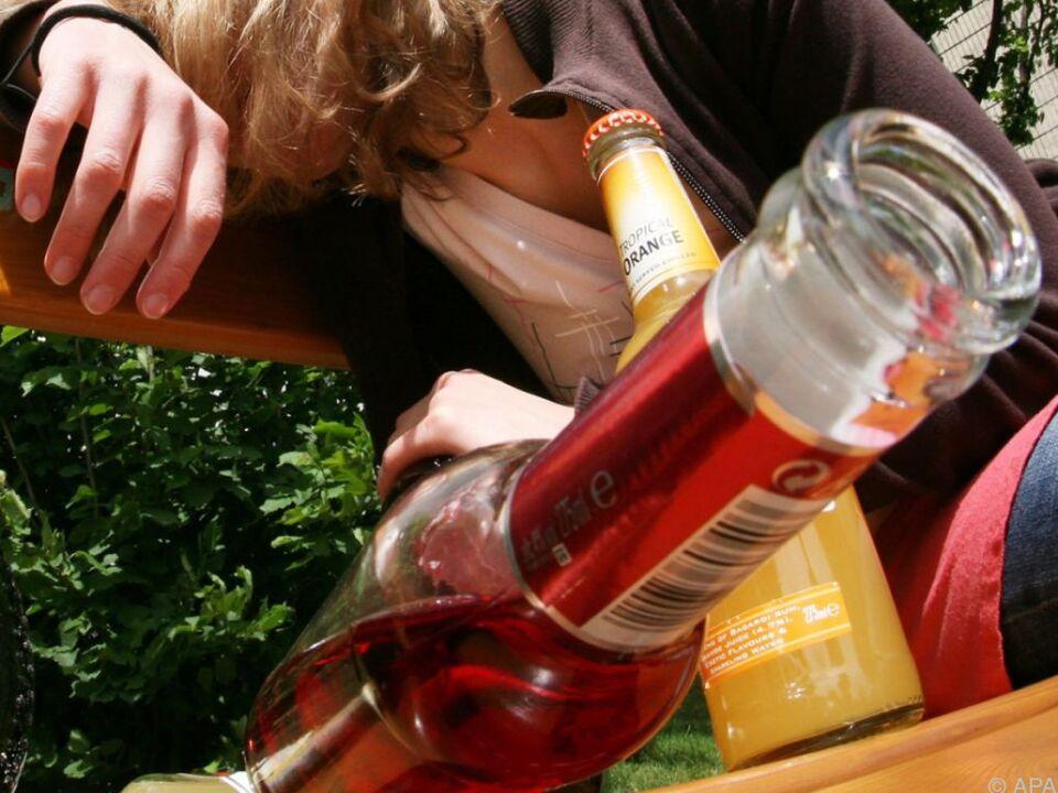 10,6 Liter reiner Alkohol fließt durch Austrokehle