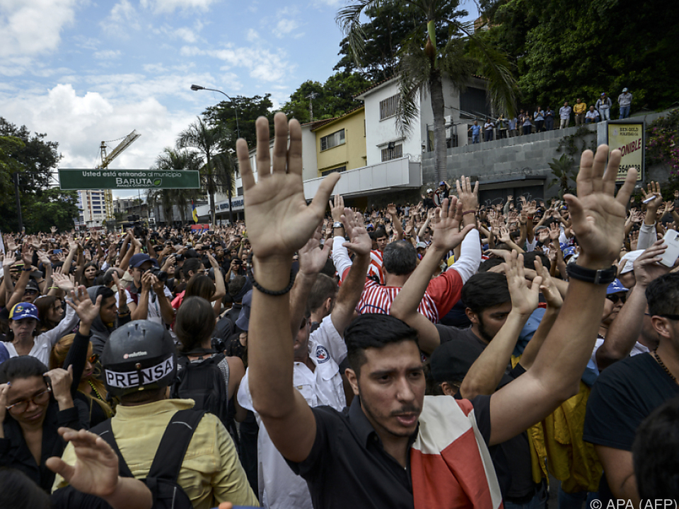 Anhaltende Proteste gegen die Regierung