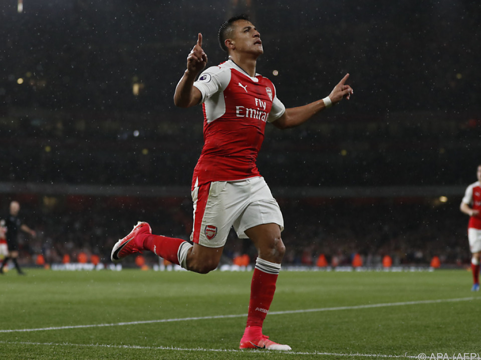 Arsenals Alexis Sanchez traf doppelt