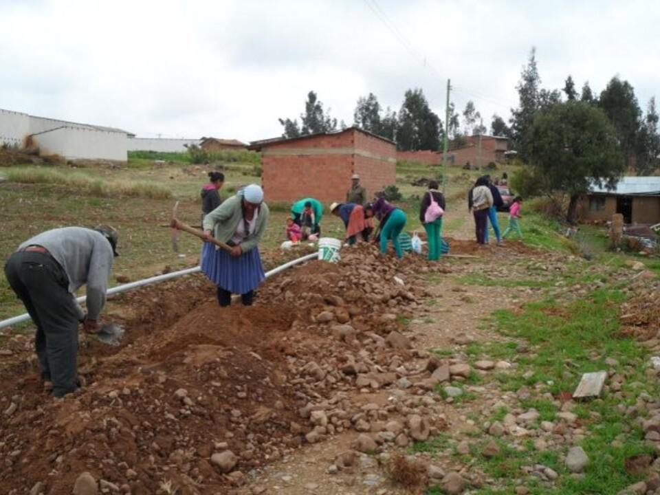 bau_leitungen Bolivien Projekt