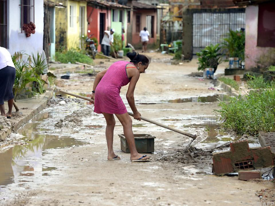 BRAZIL - RIO FORMOSO - FLOODS