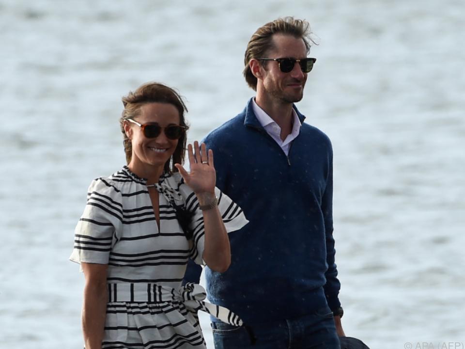 Mit Wasserflugzeug unterwegs : Pippa Middleton und Ehemann flittern in Australien