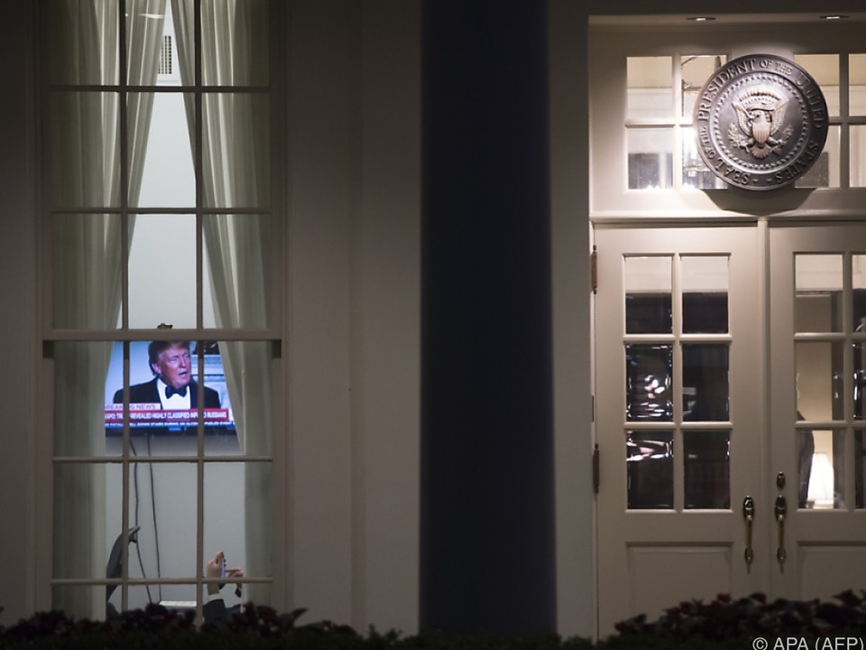 GesprächsprotokollTrump soll FBI um Einstellung von Ermittlungen gebeten haben