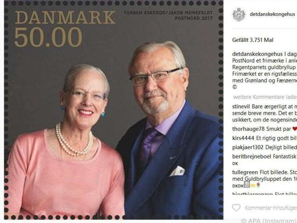 Die Königin und der Prinzen lachen jetzt von einer Briefmarke