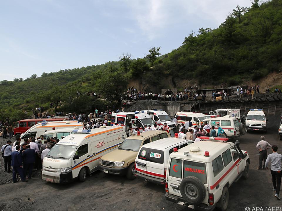 Zahl der Todesopfer in Irans Kohlebergwerk steigt auf 35