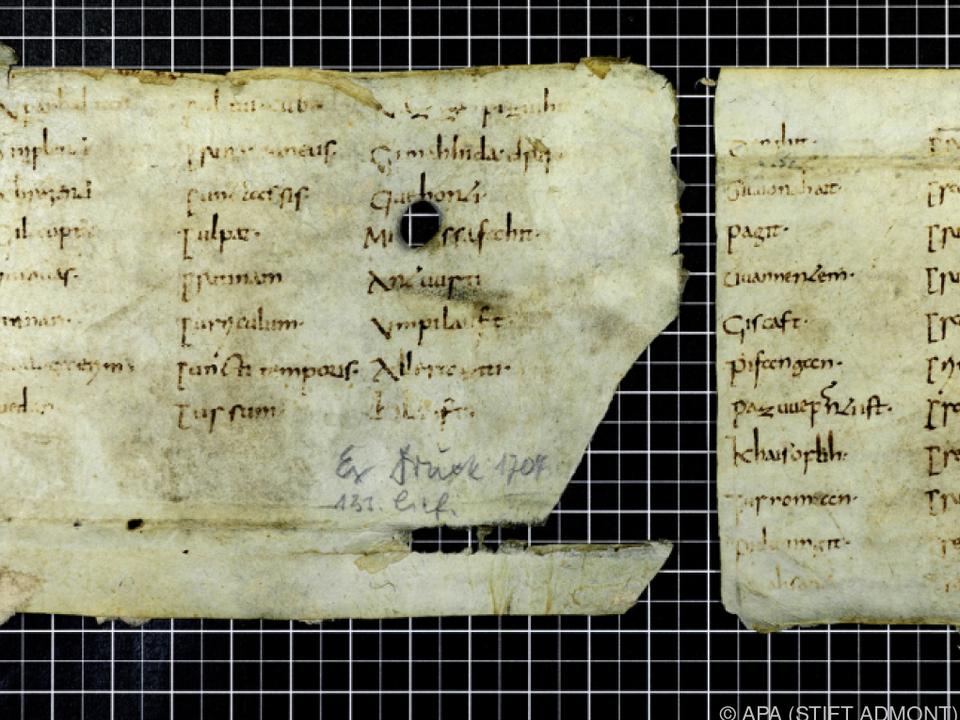 Fragmente dürften um 800 entstanden sein