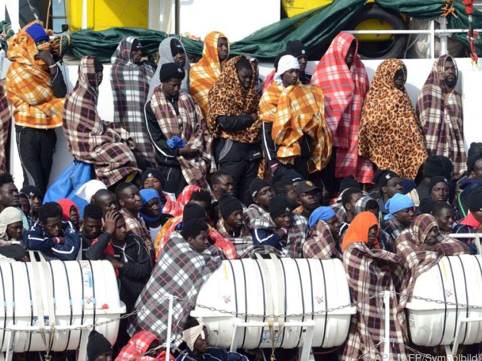 Italien versorgt derzeit 177.000 Flüchtlinge