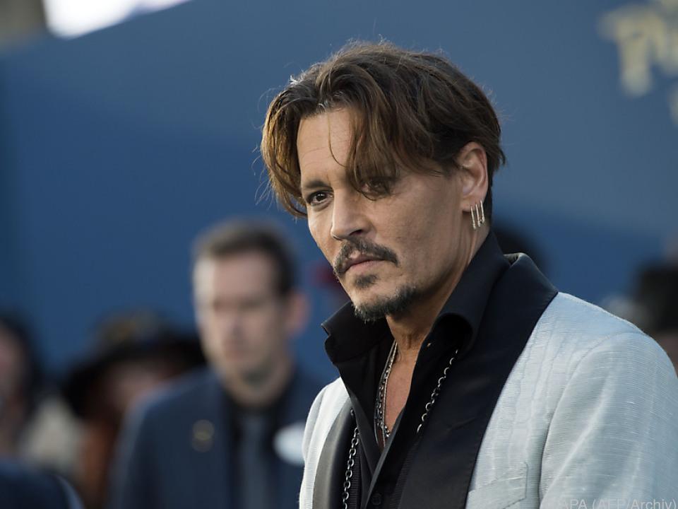 Dark Universe nimmt mit Johnny Depp & Javier Bardem Gestalt an