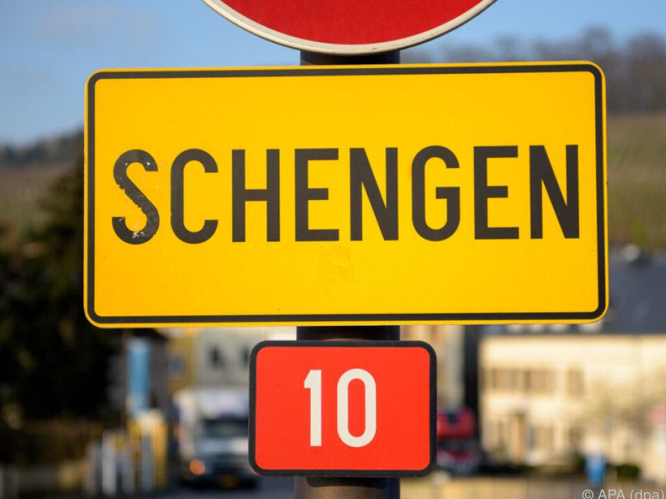 EU-EntscheidungDeutschland darf Grenzkontrollen verlängern