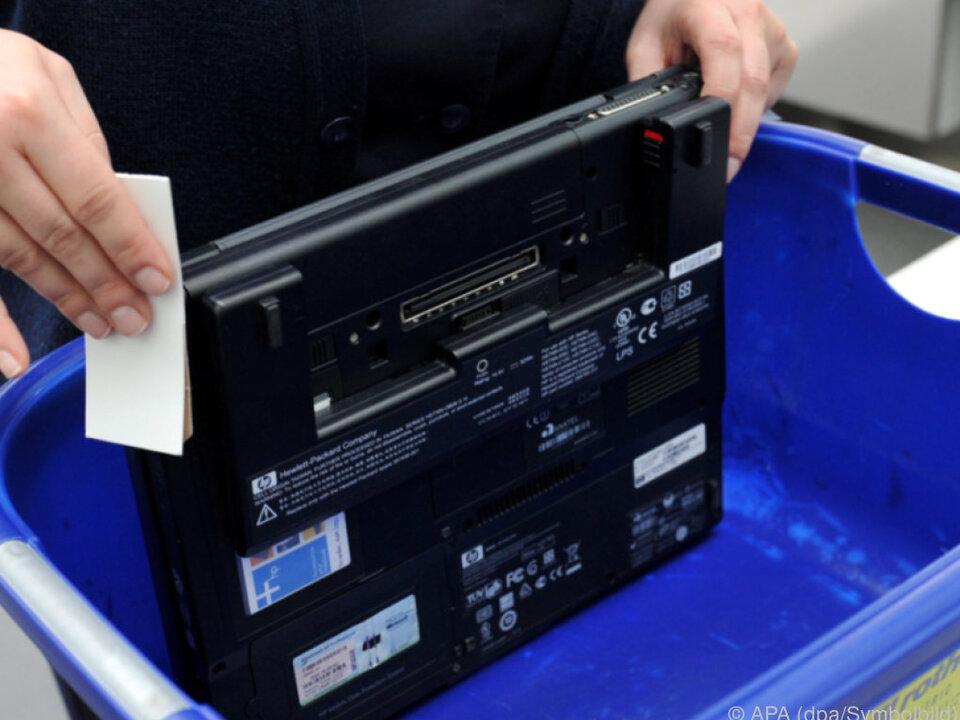 Laptop im Handgepäck bald verboten?