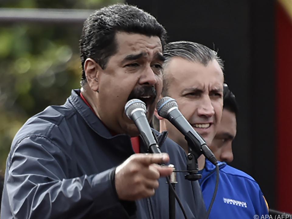 Maduro schlug eine Volksversammlung für eine neue Verfassung vor