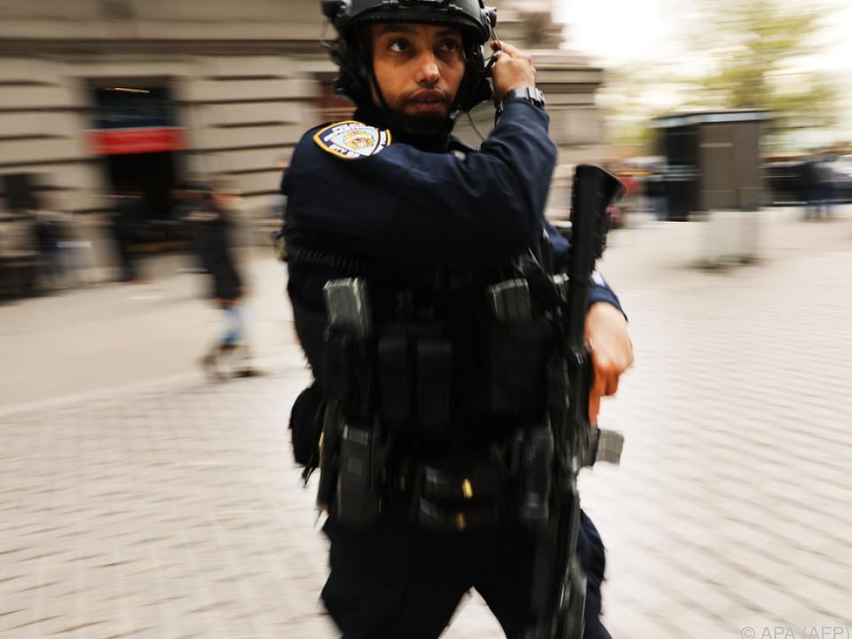 Polizei nahm 1.400 Verdächtige fest