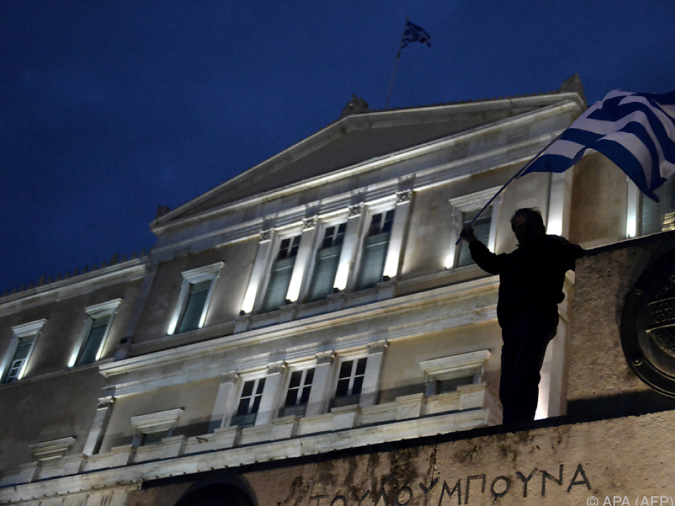 Proteste vor dem Parlamentsgebäude in Athen