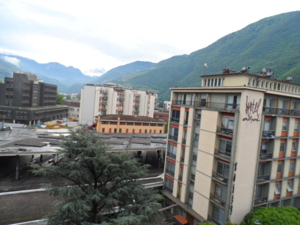 busbahnhof hotel alpi benko