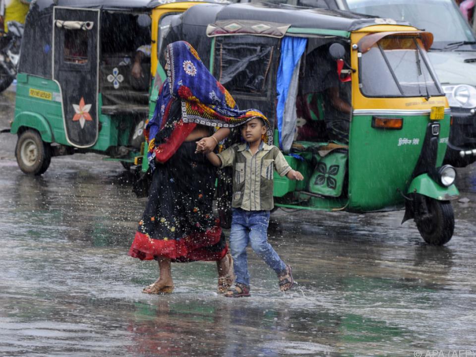 Bangladesch: 450 000 auf der Flucht vor Zyklon