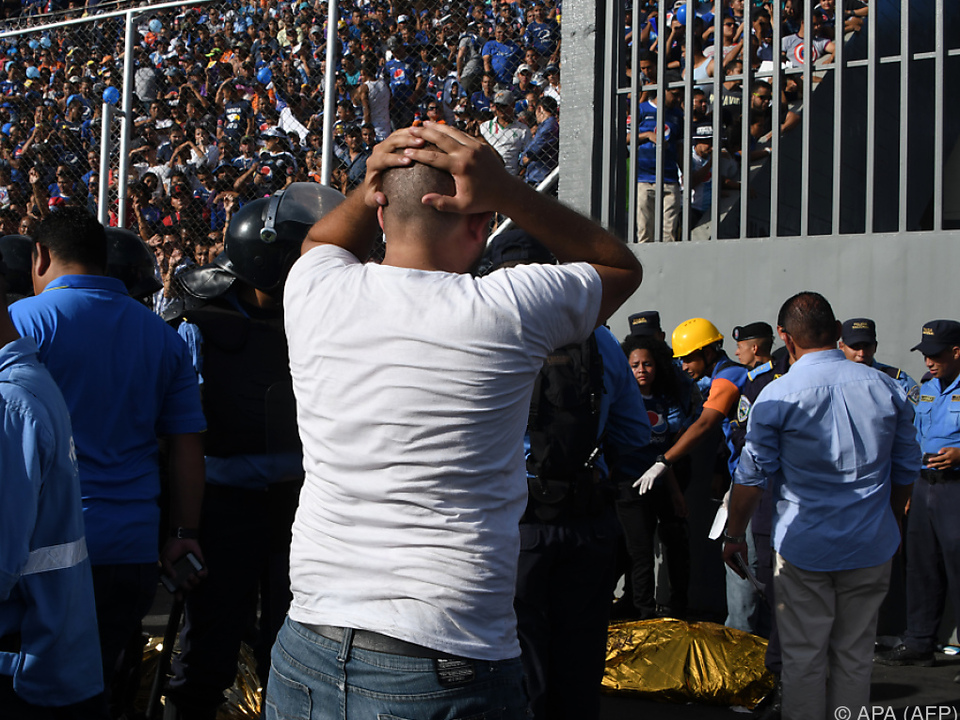 Mindestens 5 Tote bei Massenpanik vor Stadion in Honduras