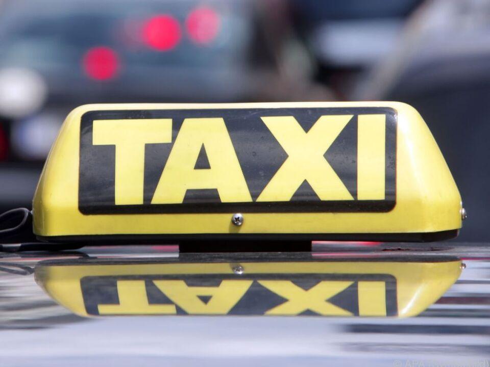 Taxifahrer kümmerte sich nicht ums Opfer