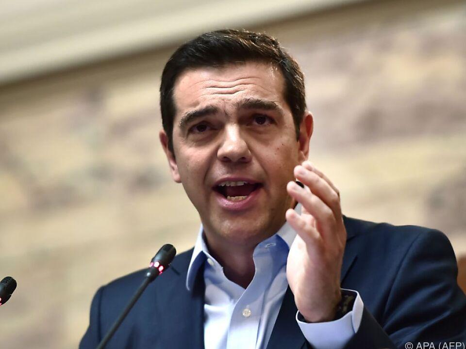 Tsipras verlangt einen Schuldenschnitt