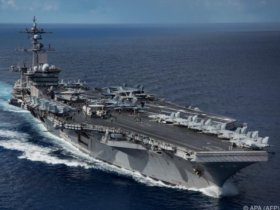 US-Flugzeugträger traf vor der koreanischen Küste ein