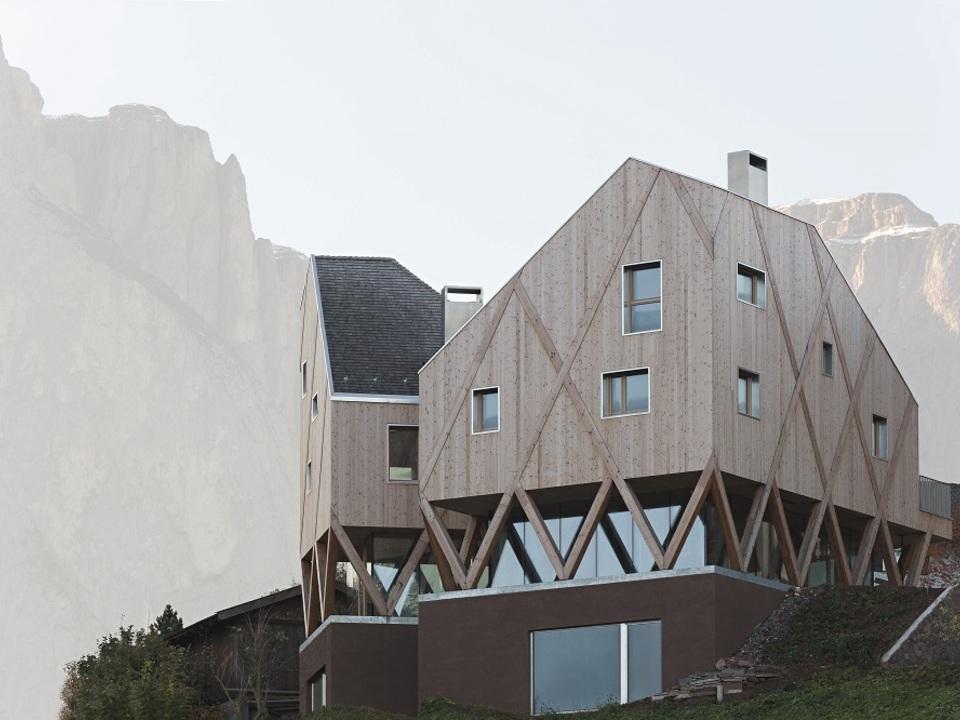 wohnhaus_atelier_hubert_kostner_modus_architects-hannes_meraner