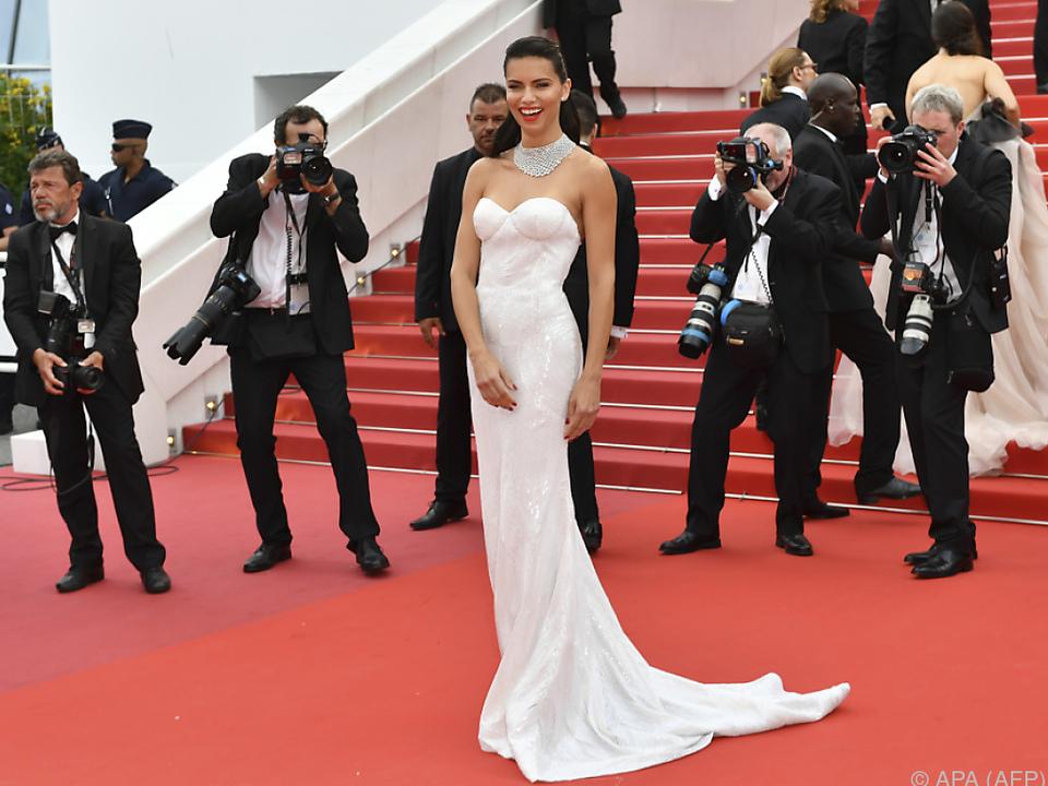 Adriana Lima glänzte auch heuer wieder in Cannes