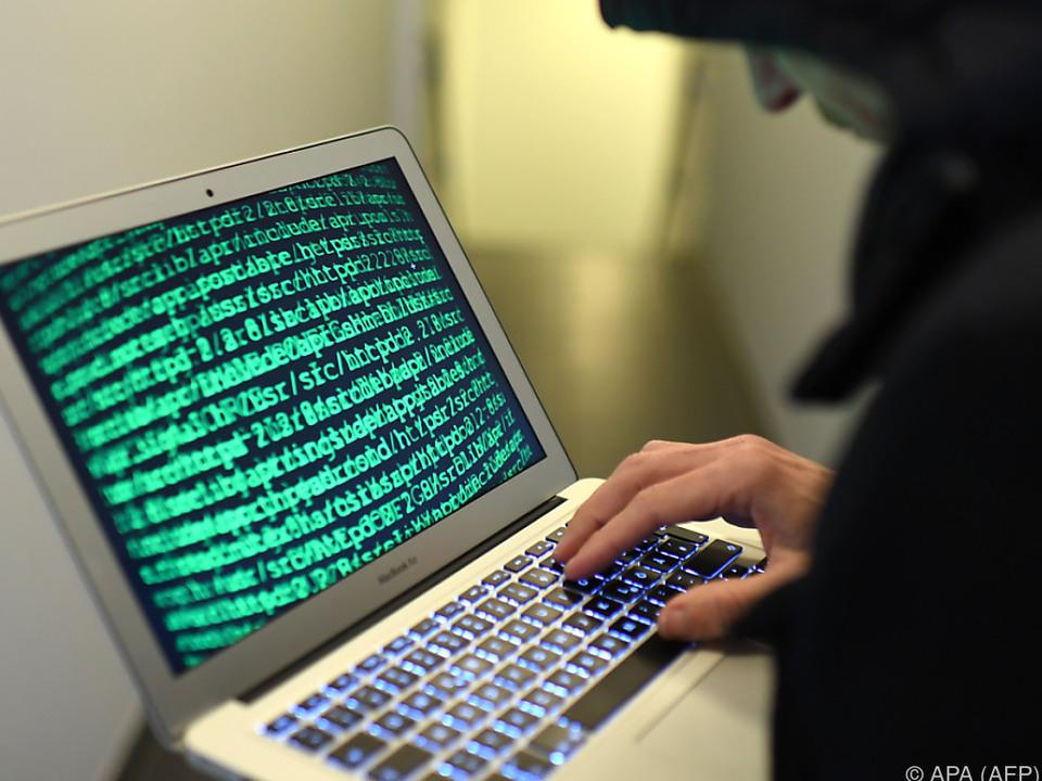 Cyberangriffe auf Systeme für Wählerregistrierung