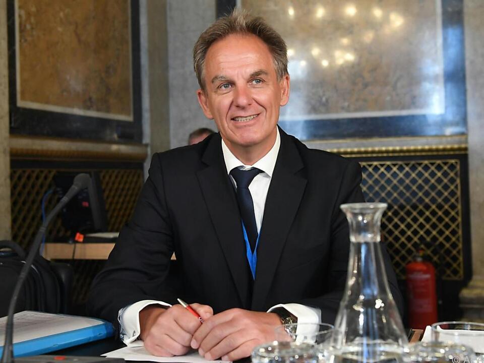 Darabos\' Ex-Kabinettschef Stefan Kammerhofer im U-Ausschuss