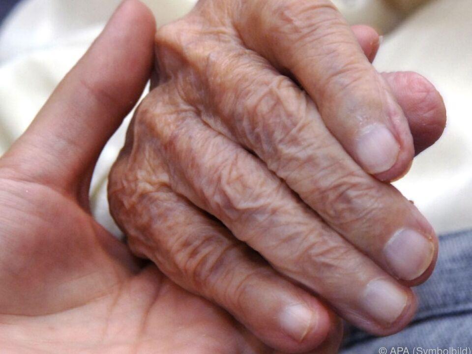 Der Staat muss sich um die Pflege kümmern