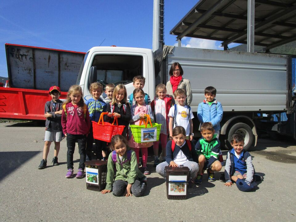 Schüler besuchen Recycling-Hof Brixen