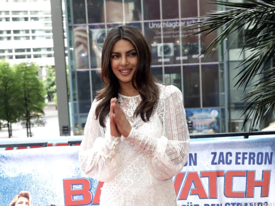 Einigen war dieses Kleid von Priyanka Chopra zu kurz