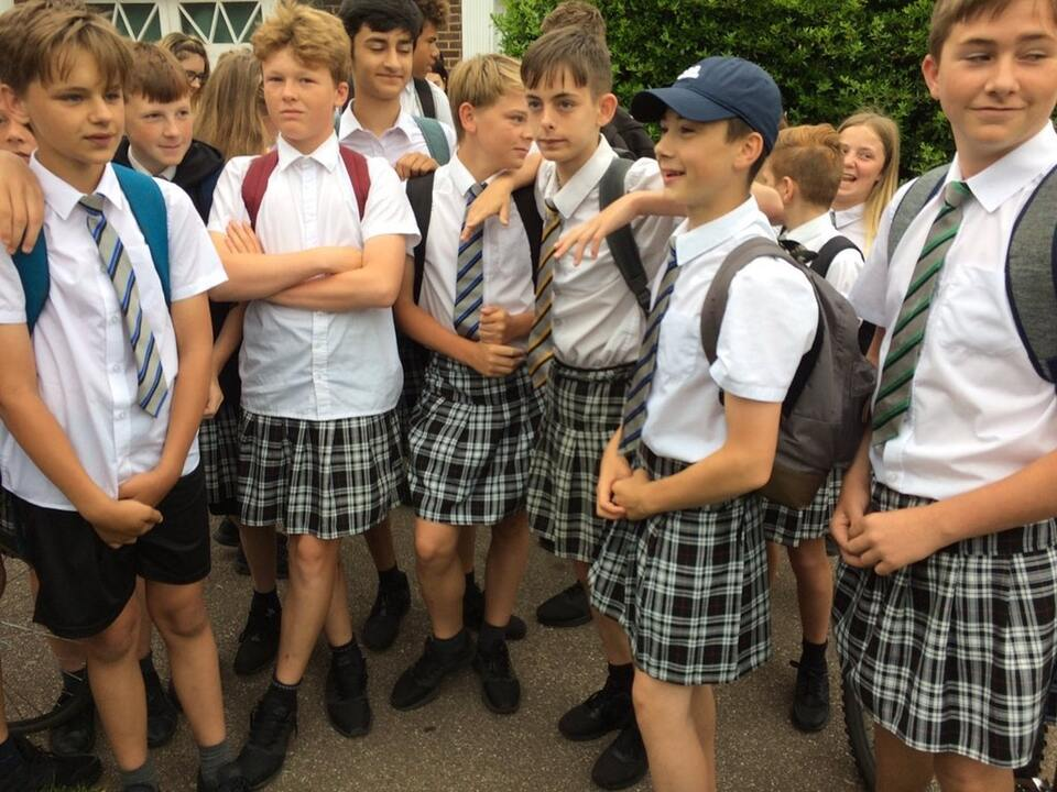 exeter-boys-skirts