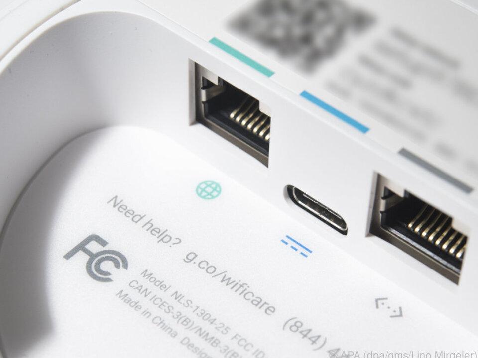 Jede Einheit von Google Wifi hat zwei LAN-Anschlüsse