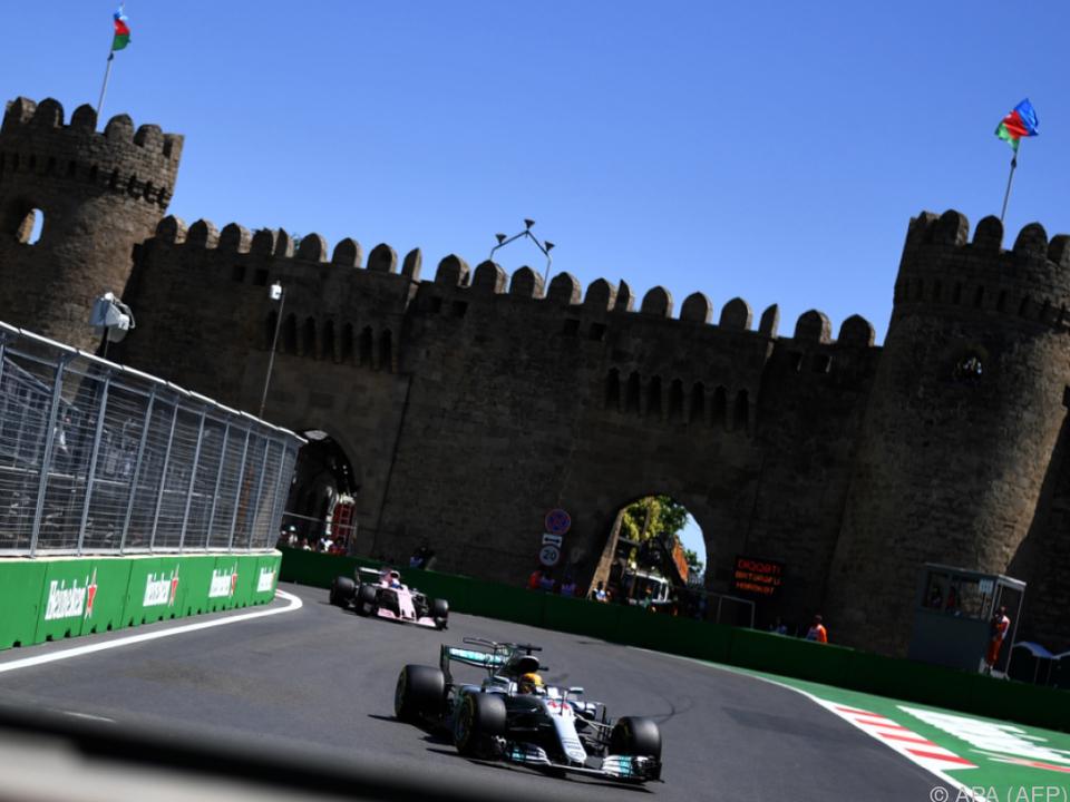 Hamilton deutlich vor Bottas und noch deutlicher vor der Konkurrenz