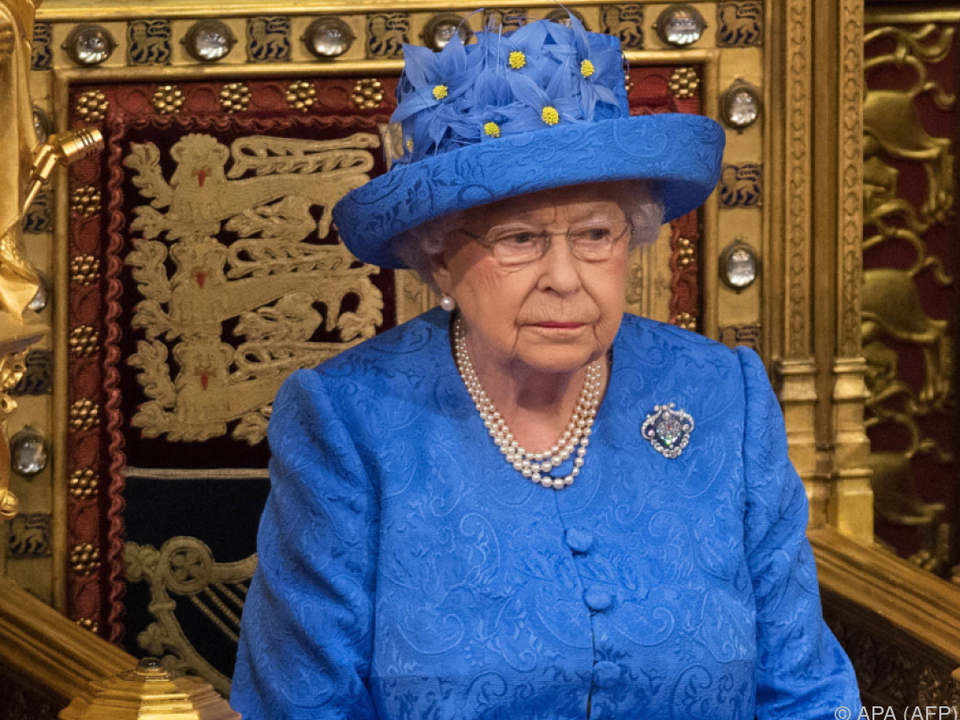Leiser Protest der Queen?