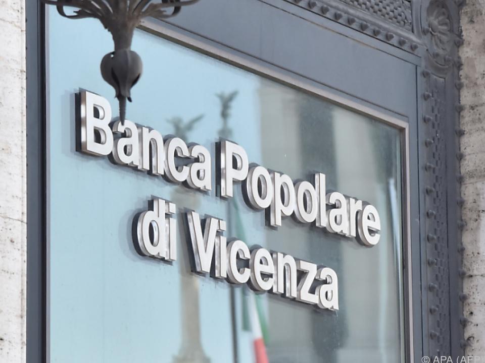 Staatshilfe für Banken sorgt für Kritik