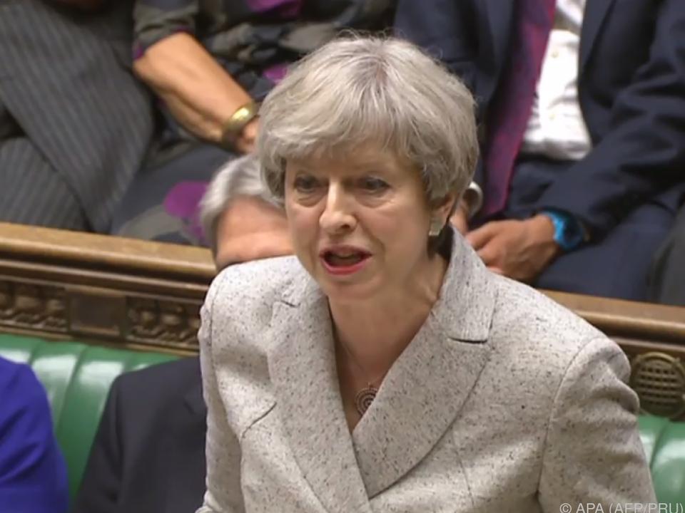 Theresa May braucht Unterstützung für ihre Minderheitsregierung