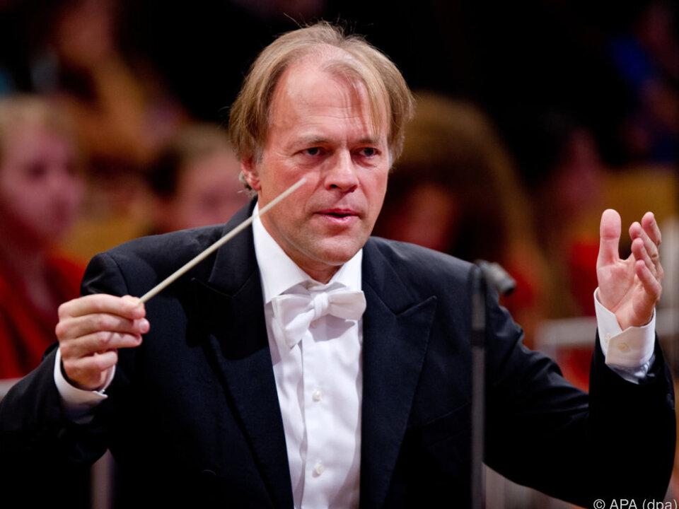 Hengelbrock verlässt 2019 das NDR Elbphilharmonie Orchester