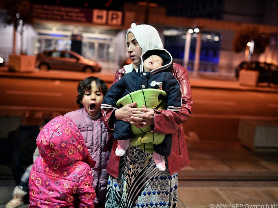 Umverteilung der Flüchtlinge geht schleppend voran
