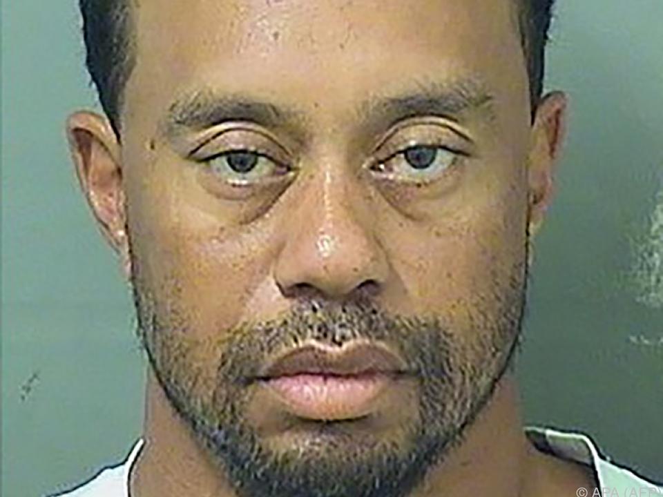 Woods war schlafend in seinem Auto gefunden worden